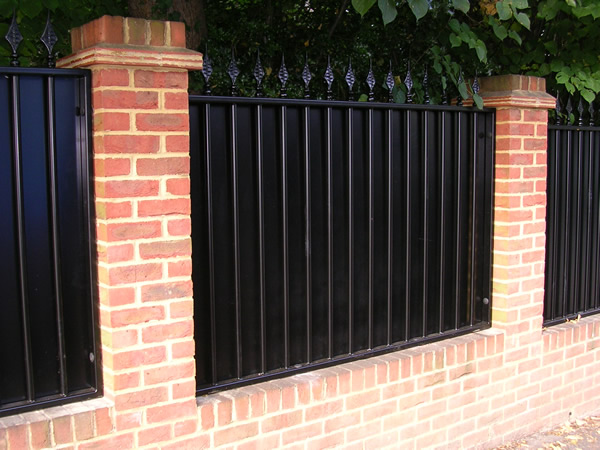 how to make an electric sliding gate